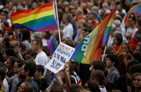 'Zóny bez LGBT'? Nepošleme peníze, vzkázal Brusel. EU trestá polská města za nedodržování unijních hodnot 3