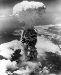 Hirošima, Nagasaki, sloboodmurárstvo, ruženec - jediná skutočná vojná v histórii je vojna proti Kristovej Cirkvi 9
