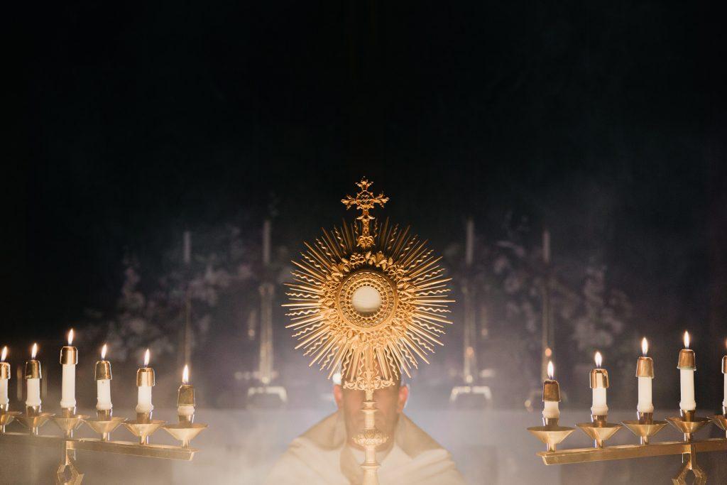 5 modlitieb k Ježišovi v Eucharistii, ktoré majú veľkú moc 2