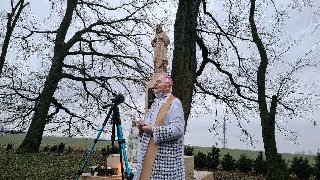 otec arcibiskup Ján Sokol