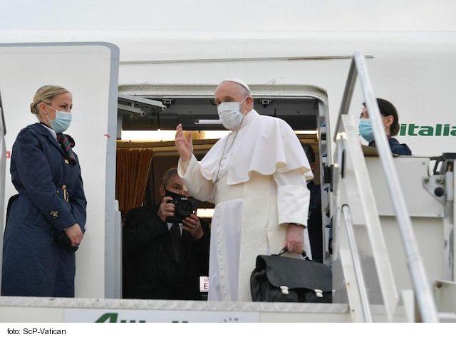 Pápež František začal cestu do Iraku pod ochranou Loretskej Madony 6