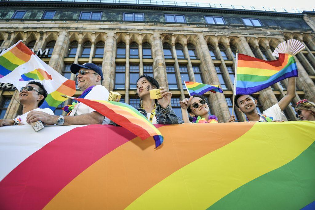 Exzamestnanca švédskej LGBT organizácie obvinili zo znásilňovania migrantov 7