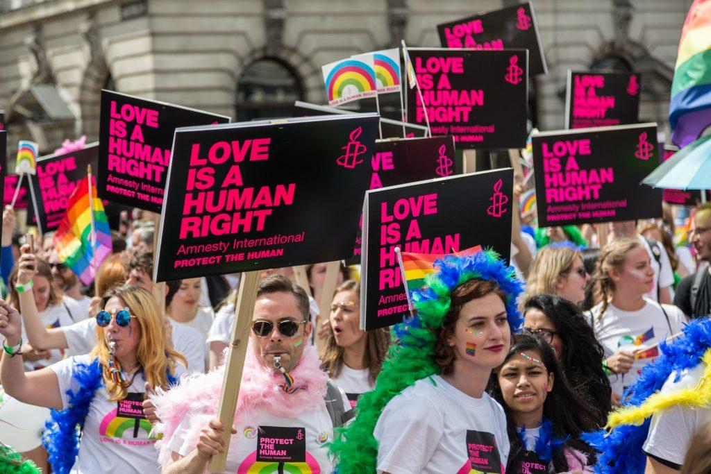 Jún - mesiac úcty Božského srdca? Či tolerancie LGBT komunity? 3